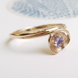 Златен пръстен с Танзанит,...